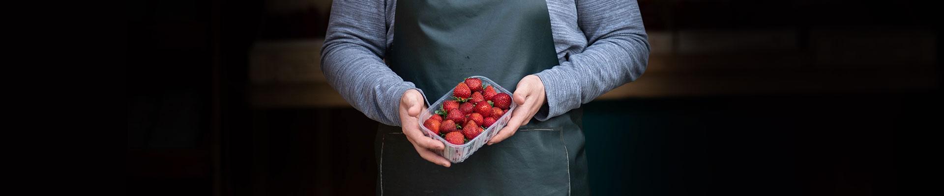 mathio-fraise-main